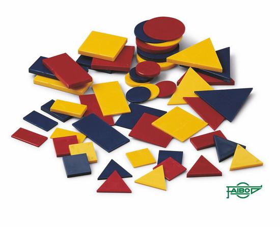BLOQUES LÓGICOS FIGURAS FA45 Variado 48 piezas. Círculo de 63 mm. Plástico En bolsa de plástico.